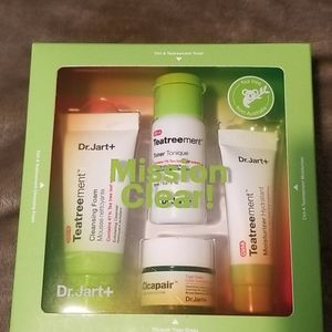 Dr. Jart Mission Clear facial kit